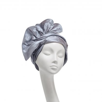 Nerida Fraiman - Gathered silk dupion Marquess turban in ocean silver