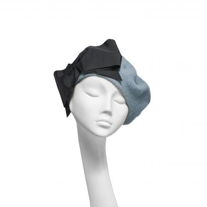 Nerida Fraiman - Powder blue pure wool beret with oversize vintage French grosgrain bow