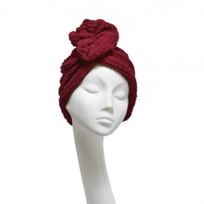 Nerida Fraiman - Cosy claret chunky knit gathered ruffle beanie in luxury pure wool