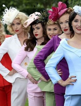 Nerida Fraiman - The Tootsie Rollers in bespoke block colour millinery, Royal Ascot