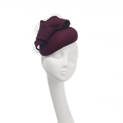 Nerida Fraiman - Double layer burgundy giant bow wool felt structured beret with classic millinery veiling