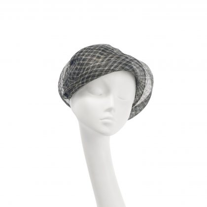 Nerida Fraiman - Siname soft cloche in classic Prince of Wales check