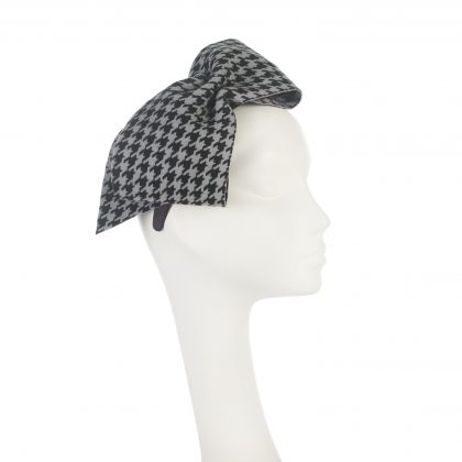 Nerida Fraiman - Houndstooth check oversize wool felt bow on wide satin headband