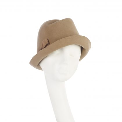 Nerida Fraiman - Luxury felt upbrim tailored trilby in camel with petersham bow detail