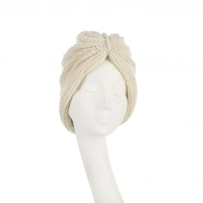 Nerida Fraiman - Cosy ivory chunky knit beanie in luxury pure wool