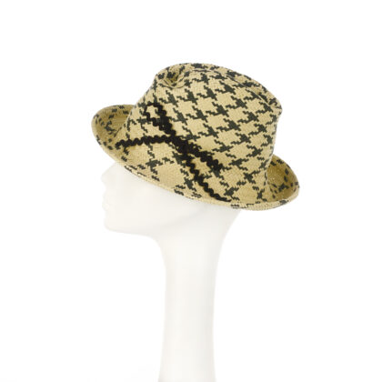 Nerida Fraiman - Plaid classic trilby in natural straw and zig zag bow detail